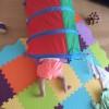 0歳6ヶ月のおもちゃ:フライングタイガーのプレイトンネル 大人も楽しい笑