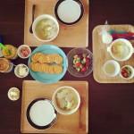 野菜スープで家族3人の朝ごはん