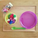 あるものを使って楽しく遊ぶ。こどもの集中おもちゃ、手づくりのいくつか。