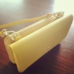 ママのために作られたとしか思えないとても便利なFURLAの貴重品ポシェット&お財布。