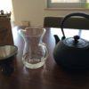 南部鉄器の鉄瓶と、白湯と、コーヒーカラフェ
