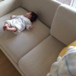 ベビーベッドがなくても無印のソファで何とかなる!無印ソファの使い倒し術